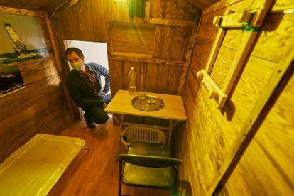 Reconstrucción del zulo donde permaneció secuestrado el funcionario de prisiones José Antonio Ortega Lara, en el museo Fundación Centro para la Memoria de las Víctimas del Terrorismo de Vitoria (País Vasco).