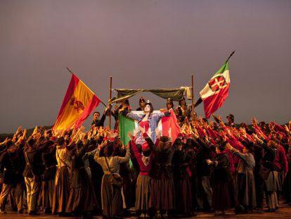 Uno de los espectaculares cuadros que ofrece la versión de 'La forza del destino' con la que mañana abre temporada el Liceo.