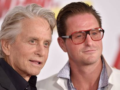 Michael Douglas y su hijo Cameron, en Los Ángeles (California) el año pasado.