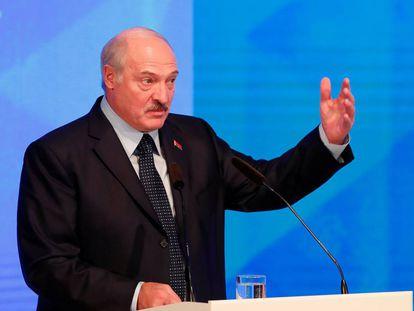 El presidente de Bielorrusia, Alexander Lukashenko, durante un discurso en Gomel en octubre.