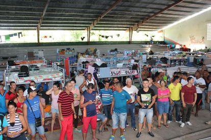 Los cubanos varados en la frontera de Panamá con Costa Rica