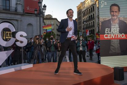 Edmundo Bal, during the campaign launch event in Madrid's Plaza de Ópera.