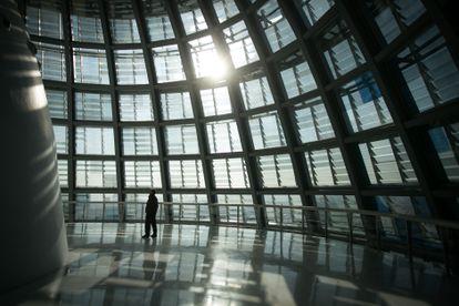 Interior de la cúpula de la Torre Glòries, conocida como Torre Agbar, donde se construirá un mirador a la ciudad y se instalará la obra de Saraceno.