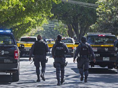 Policías municipales y patrullas en Guadalajara, Jalisco, el pasado 19 de abril.
