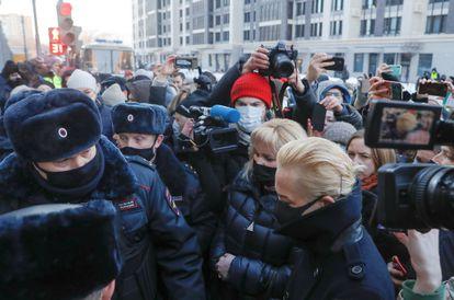 Yulia Naválnaya, esposa del opositor Alexéi Navalni, a su llegada al tribunal de Moscú este martes.