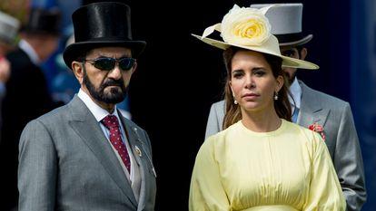 El emir de Dubái junto a su entonces esposa, la princesa Haya, en 2017 en Epsom, Inglaterra.
