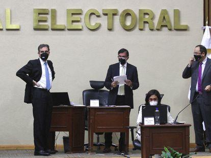 Sesión extraordinaria del Consejo General del Instituto Instituto Nacional Electoral en México.
