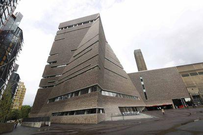 El edificio de la ampliación de la Tate Modern, en Londres.