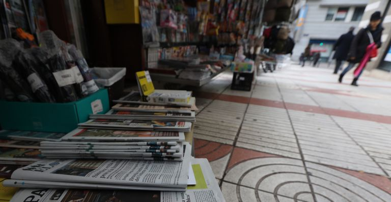 Un quiosco de prensa, en la calle de Alcalá en Madrid en una imagen de archivo.