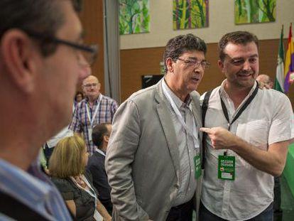 Diego Valderas y Antonio Maíllo, en la asamblea de IU.