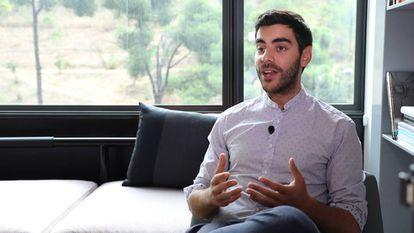 Álvaro Gómez, Country Manager para Elogia, (agencia digital de Housfy), en un momento de la entrevista