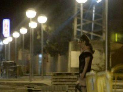 Prostitución en la colonia Marconi, en el distrito de Villaverde, en 2010.
