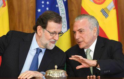 El presidente de España Mariano Rajoy con el presidente de Brasil, Michel Temer