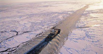 Los rompehielos son fundamentales para asegurar la ruta del Ártico.