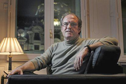 El ministro de Educación, Ángel Gabilondo, ayer en su despacho en Madrid.