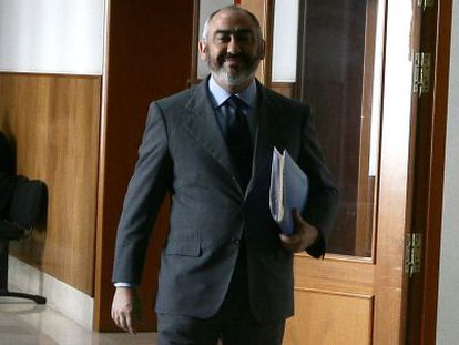 Manuel Rodríguez de Castro, a su llegada a los juzgados de Cádiz.