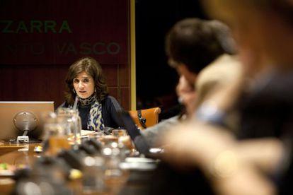 Helena Franco, durante su comparecencia en el Parlamento vasco.