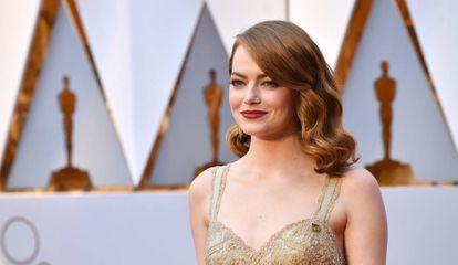 Emma Stone en la alfombra roja de los Oscars 2017