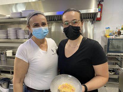 Lourdes Villalobos y Belen Abad. J.C. CAPEL
