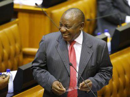 El exsindicalista toma el relevo de Jacob Zuma al frente del país africano