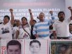 Familiares de los 43 estudiantes desaparecidos de Ayotzinapa fijan postura ante informe CIDH