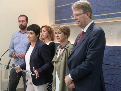 Ferran Bel, a la derecha en primer plano, el 13 de septiembre en el Congreso.