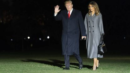 Donald Trump y su esposa Melania llegan a la Casa Blanca el de 11 de noviembre, tras asistir en París a los eventos por el 100 centenario de la I Guerra Mundial