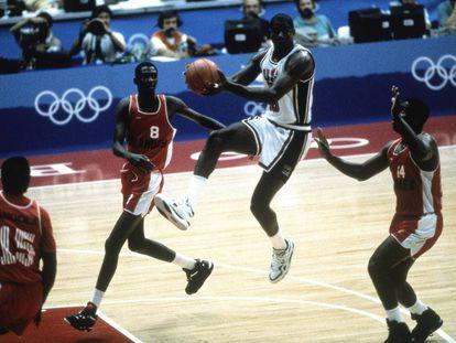 Magic Johnson, ante Angola en 1992.