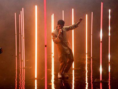 Bad Bunny, el 2 de octubre, durante la presentación de la firma de lencería de Rihanna en Los Ángeles.