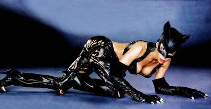 Halle Berry, en la película 'Catwoman' (Pitof, 2004).