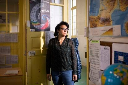 Laaldja Mahamdi, directora de una escuela primaria de París y coautora de un libro sobre el sistema escolar francés y la laicidad.