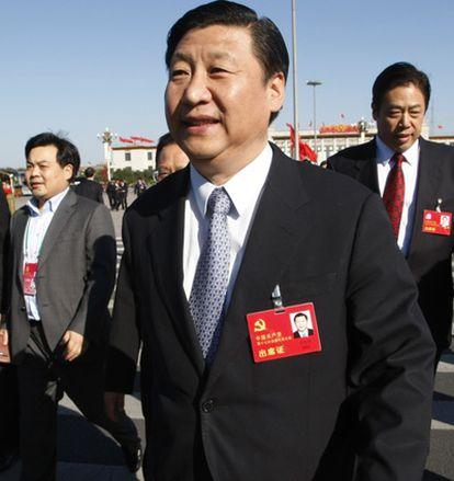 Xi Jinping se dirige al Gran Salón del Pueblo de Pekín.