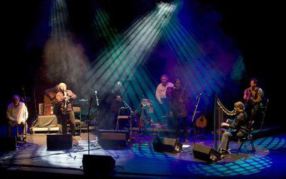Presentación do disco, A quinta das lágrimas, de Milladorio, no Teatro Colón da Coruña.