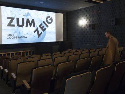 La sala del renovado cine Zumzeig.
