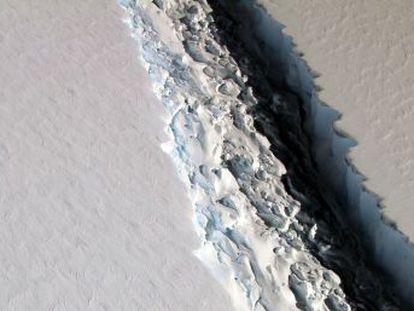 El bloque de hielo antártico se podría fragmentar e ir a la deriva hacia América, según los expertos