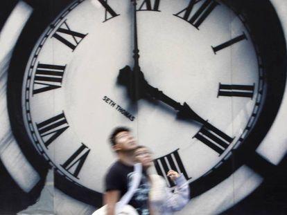 Este domingo 27 de octubre los relojes se atrasan 1 hora para entrar en el horario de invierno