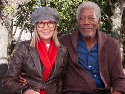 Diane Keaton y Morgan Freeman, en 'Ático sin ascensor'.