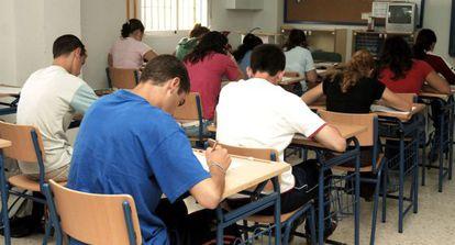 Alumnos de un instituto de Huelva partcipantes en PISA 2006.