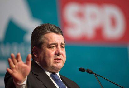 El líder del SPD, Sigmar Gabriel, el jueves en un acto en Karlsruhe.