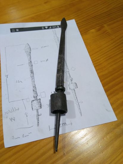 Reproduction of the heavy 'pilum' made by the company Vida Primitiva, from Azaila.