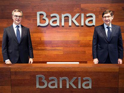 José Sevilla, consejero delegado, a la izquierda, y José Ignacio Gorigolzarri, presidente, antes de la presentación de resultados de 2020.-EFE/Bankia / Máximo García de la Paz