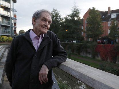 Roger Penrose, fotografiado en Oxford el pasado octubre, ha sido distinguido con el Nobel de Física junto a German Reinhard Genzel y Andrea Ghez.