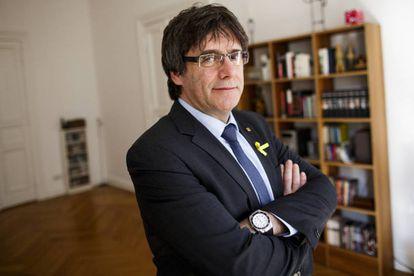 Carles Puigdemont posa para una sesión de fotos, en Berlín.