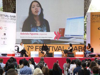 El panel conformado por Montserrat Domínguez, subdirectora de EL PAÍS, Gabriela Wiener, Josefina Licitra y Gabriela Figueroa.