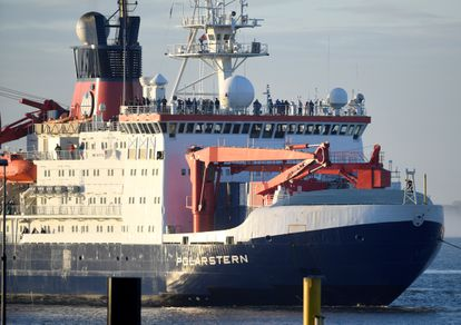 El rompehielos 'RV Polarstern' vuelve del Ártido, el pasado lunes, al puerto de Bremerhaven (Alemania).