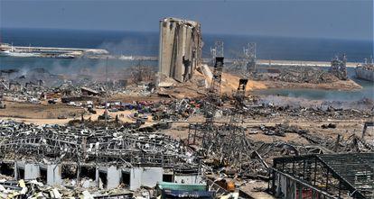 Vista general del puerto de Beirut, este miércoles.