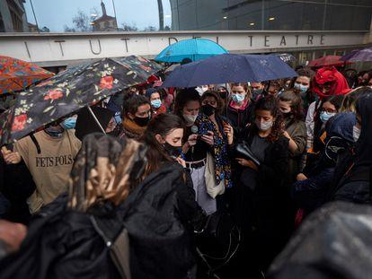 Protesta contra los casos de presunto acoso sexual en Institut del Teatre.
