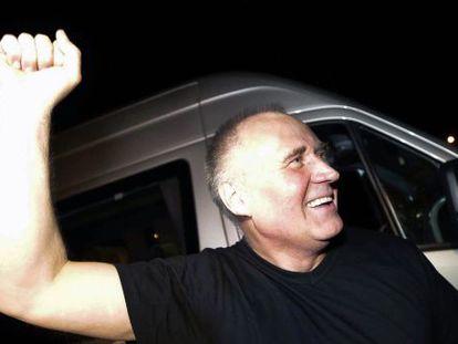 El excandidato presidencial Nikolái Statkévich, tras ser liberado.