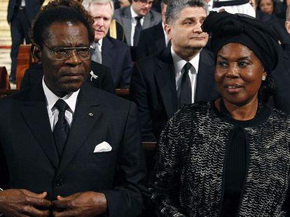 Obiang ensombrece el funeral de Suárez