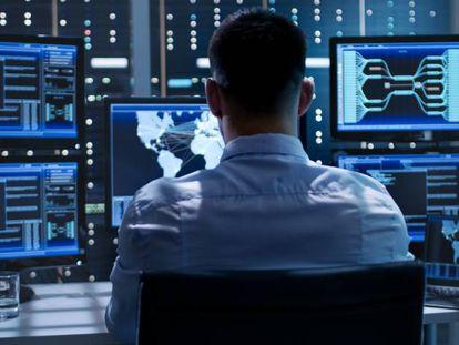 Pleno empleo para combatir los ciberataques